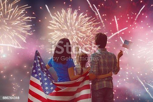 539482224istockphoto Patriotic holiday. Happy family 686264318