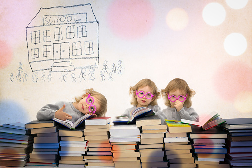 istock Patrycja group 1 colorful school 670140128