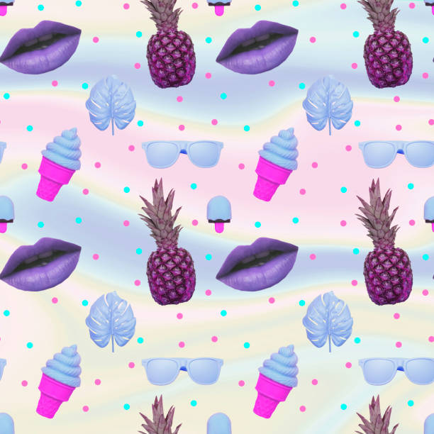 Muster aus Eis, Monstera-Blättern, lila Lippen, Sonnenbrille und Ananas – Foto