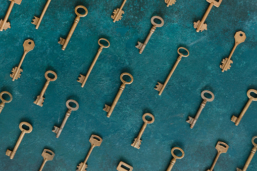 Pattern of many different antique keys