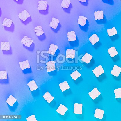 Pattern of marshmallow on gradient and holographic background. Minimal