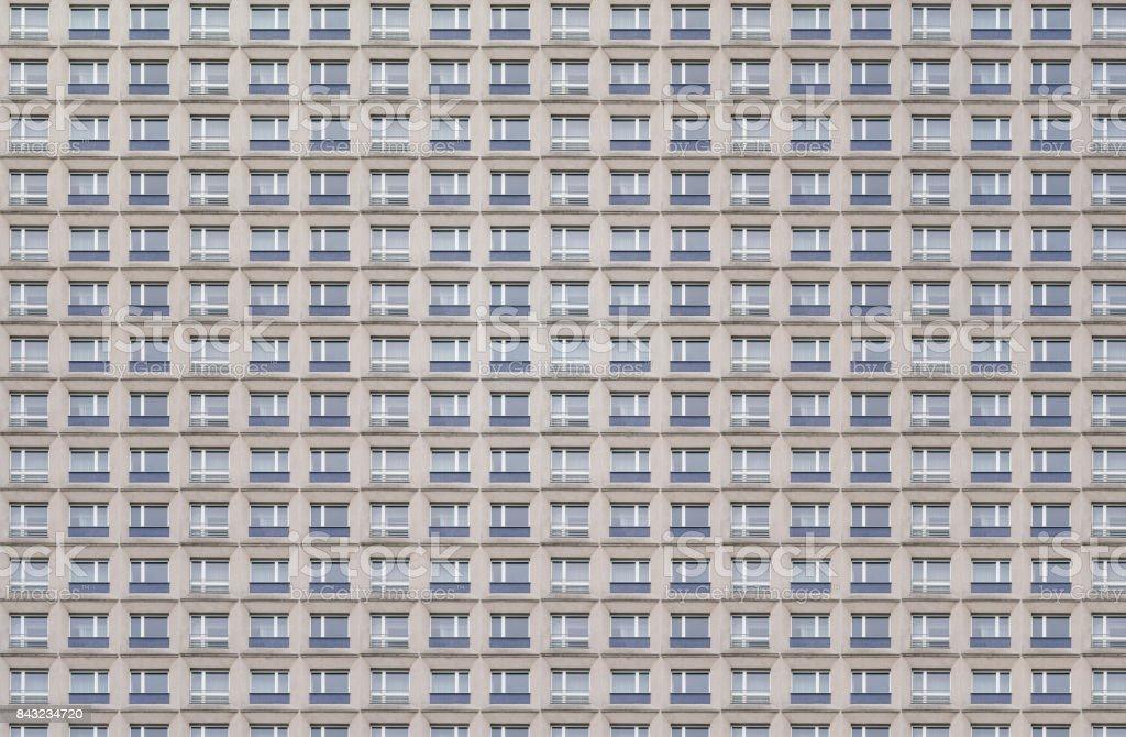 Muster-Version, Platternbau, Fenster Fassade eines alten DDR-Gebäudes – Foto