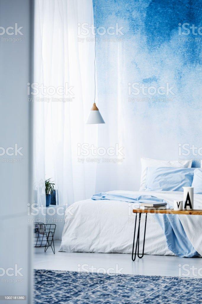 Tapis à Motifs En Intérieur Moderne Pastel Chambre Bleue Avec Lit ...