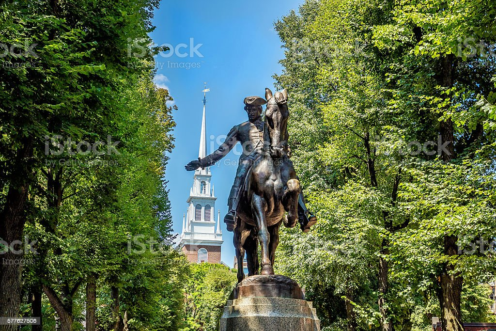 Estátua de Paul Revere em Boston, Massachusetts - foto de acervo