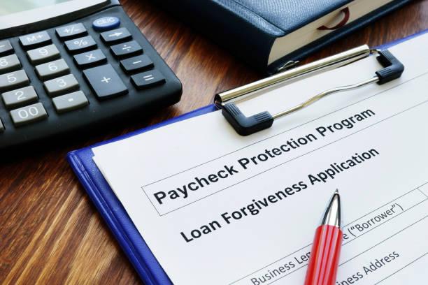 Paycheck-Schutzprogramm ppp Darlehen für kleine Unternehmen Vergebung Anwendung. – Foto