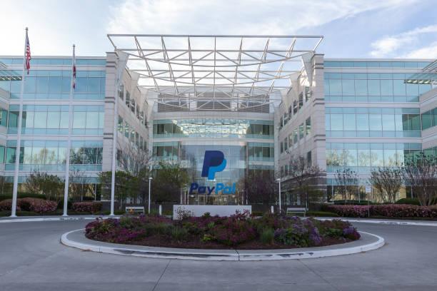 paypal 's headquarters in silicon valley. - paypal foto e immagini stock