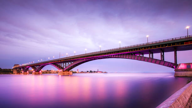 peace bridge - bridge bildbanksfoton och bilder