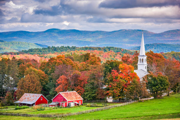 peacham, vermont, usa - town stock pictures, royalty-free photos & images