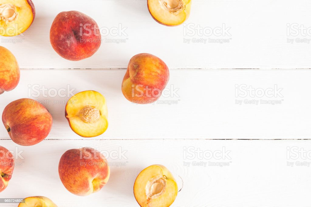 Peaches on white wooden background. Flat lay, top view - Royalty-free Above Stock Photo
