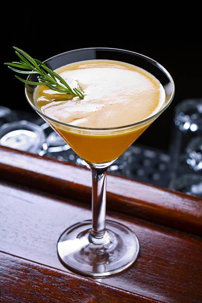 Peachy Lemonade Martini Cocktail – Foto