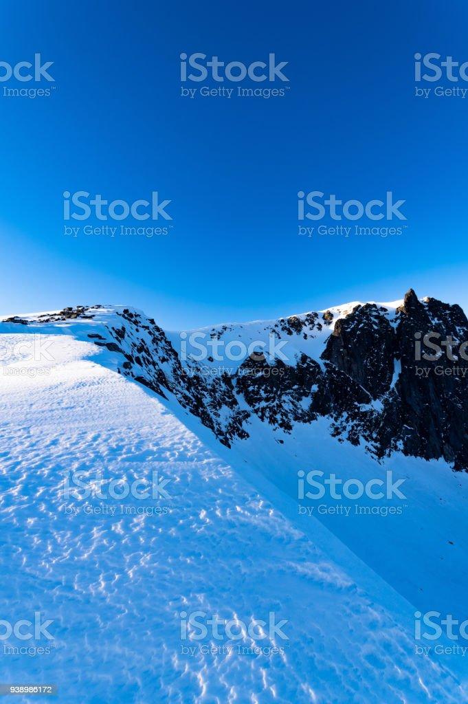 En yüksek Husfjellet Senja, Norveç stok fotoğrafı