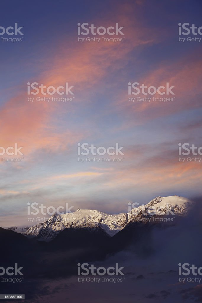 Gipfel der Neuseeländische Alpen in Neuseeland Lizenzfreies stock-foto