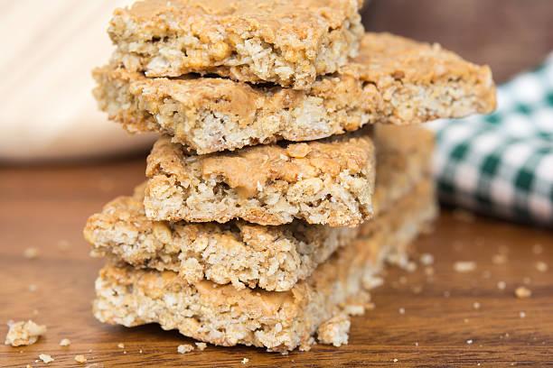 erdnussbutter-cookies  - hafer cookies stock-fotos und bilder