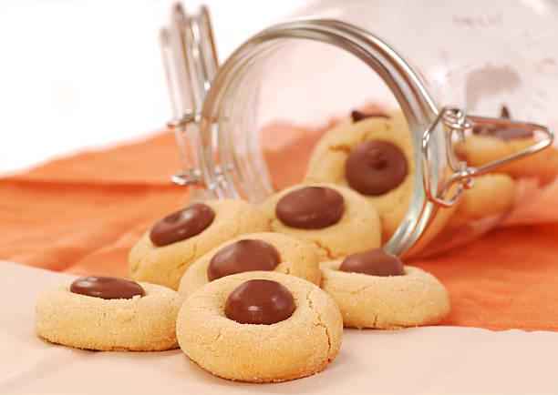 peanut butter cookies with chocolate - peanutbutter bildbanksfoton och bilder
