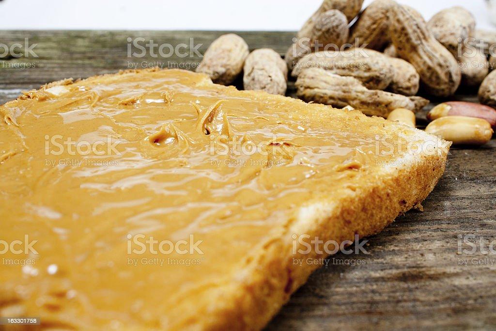 Beurre de cacahuètes sur Breas - Photo