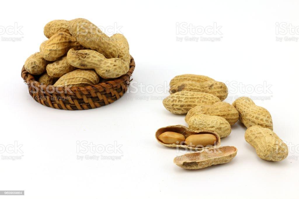 jordnöt mellanmål och ekologisk mat - Royaltyfri Balja Bildbanksbilder