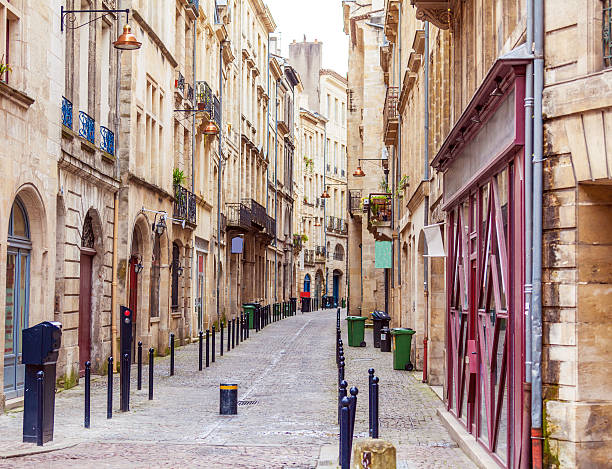 Pedestrian Street in Old City, Bordeaux Pedestrian Street in Old City, Bordeaux, France bordeaux stock pictures, royalty-free photos & images