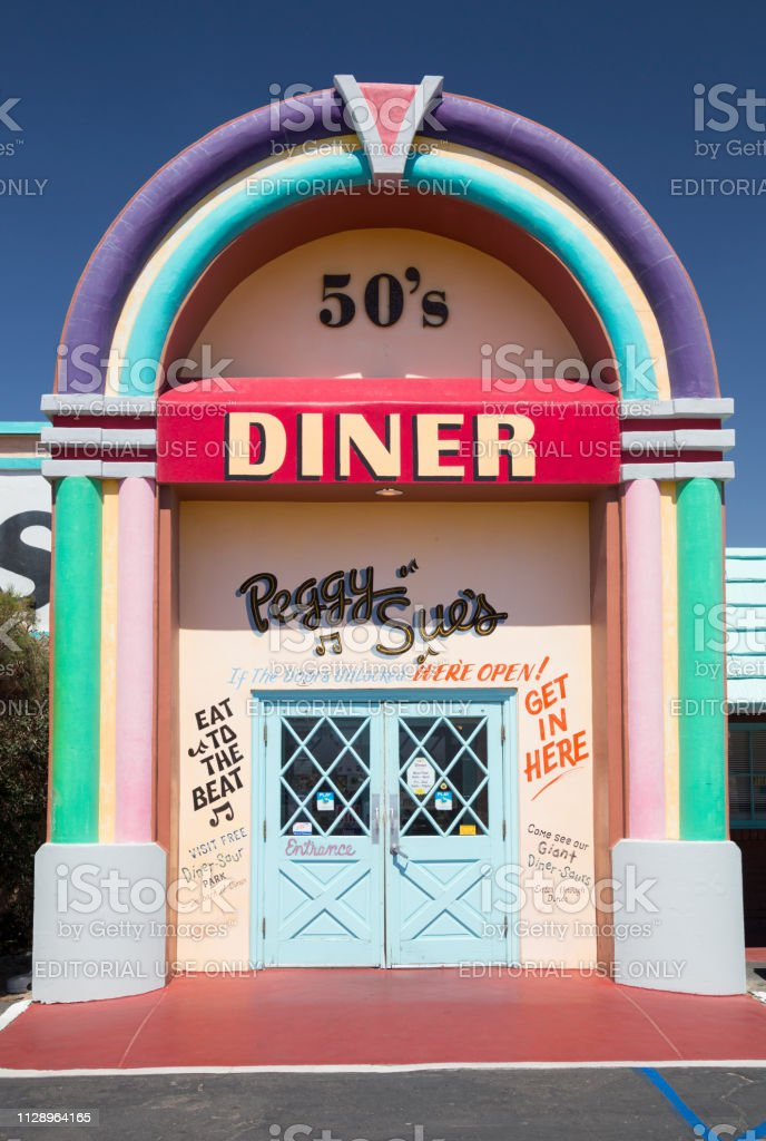Peggy Sues 50s Diner Yermo California Usa Stock Photo Download Image Now Istock