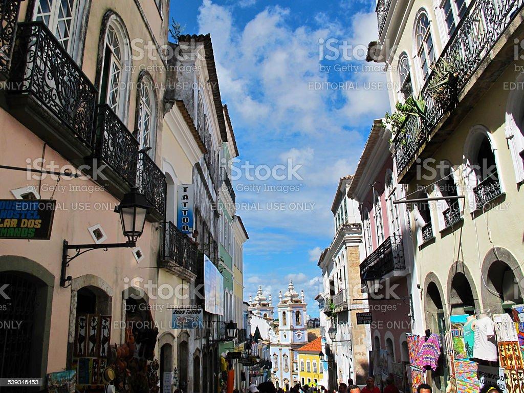 Pelourinho's Street, que leva ao Nosso Senhor do Bonfim Igreja de São Salvador foto royalty-free
