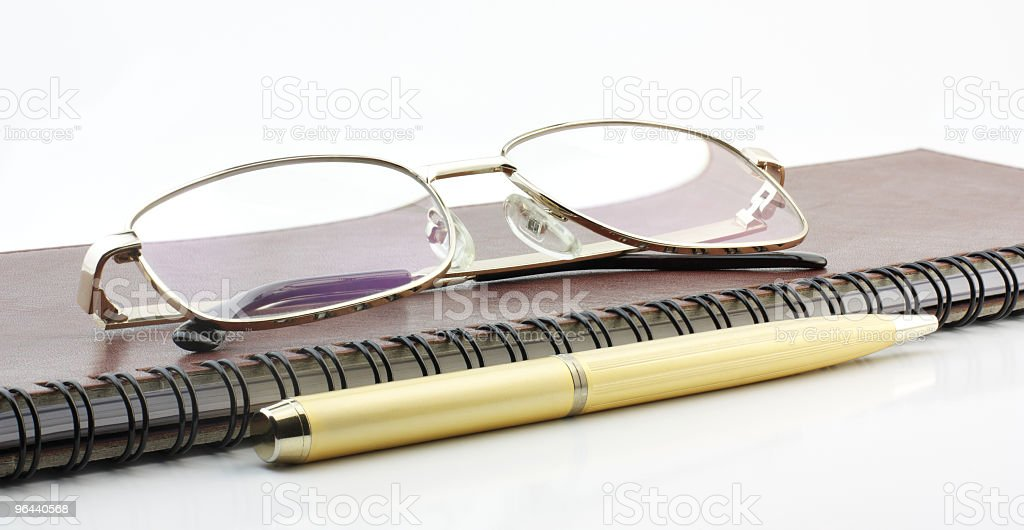 Pen, book and spectacles - Royalty-free Afbeelding Stockfoto