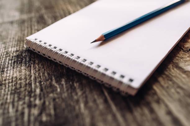 鉛筆と手帳 ストックフォト