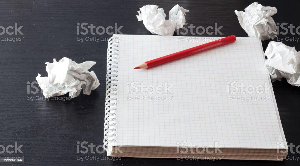 Caderno e caneta - foto de acervo