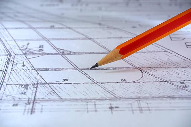 bleistift auf einen plan (paper sheet - einfache holzprojekte stock-fotos und bilder