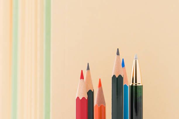 ołówki. - przewodzić zdjęcia i obrazy z banku zdjęć