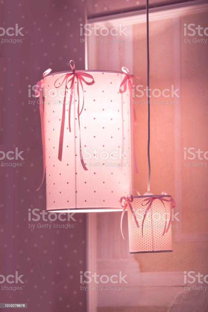 Pendelleuchte Kronleuchter In Das Kinderzimmer In Rosa