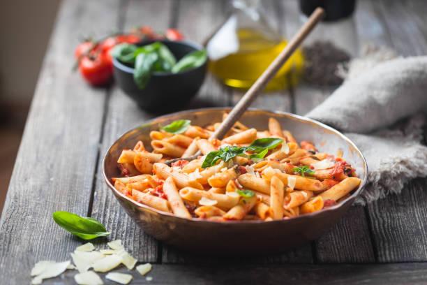 Penne Pasta in Tomatensauce – Foto