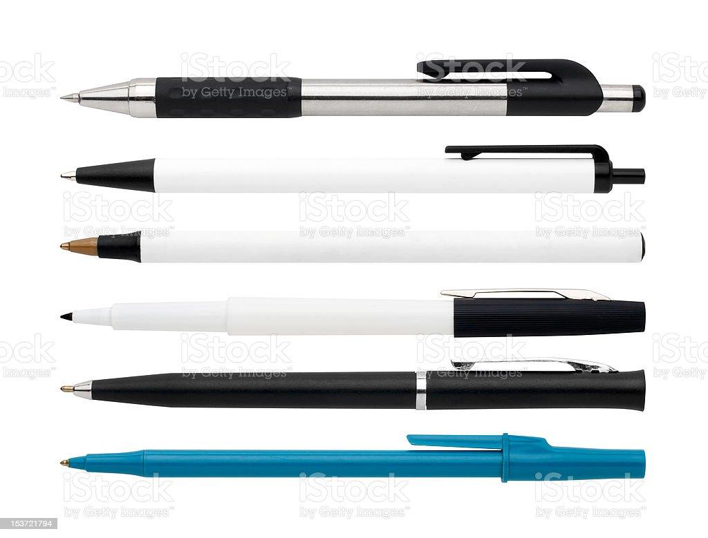 Bolígrafos y un marcador - foto de stock