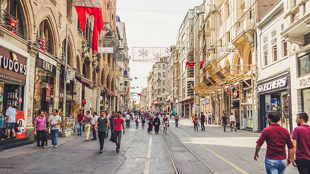 people and city of istanbul. - i̇stiklal caddesi stockfoto's en -beelden