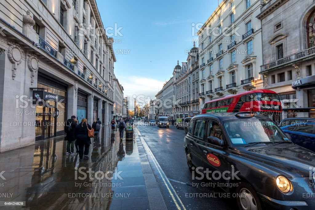 People and tourists visiting st James street stock photo