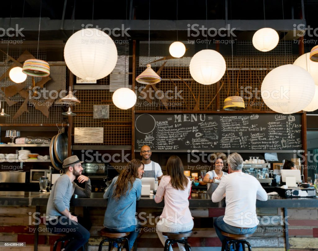 People at a cafe - foto stock
