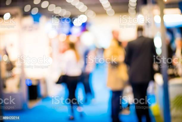 People at a trade exhibition picture id469420214?b=1&k=6&m=469420214&s=612x612&h=bsxfwxqqsnp mrodk3qgiukz2sq7phhprzqbhkvnetg=