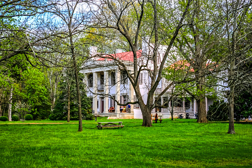 People At The Belle Meade Plantation In Nashville In Tennessee Stock Photo - Download Image Now