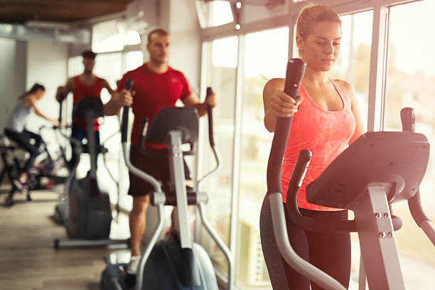 people cardio workout - aerobics stock photos and pictures