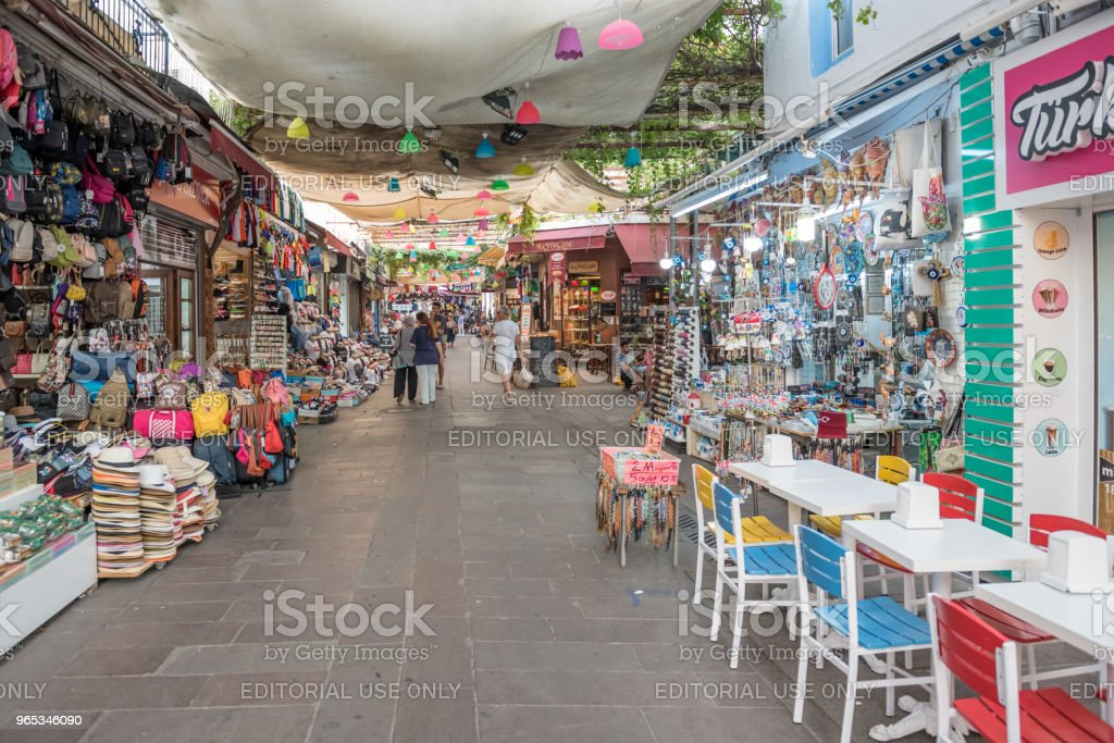人們在土耳其的博多魯姆購物 - 免版稅亞洲圖庫照片