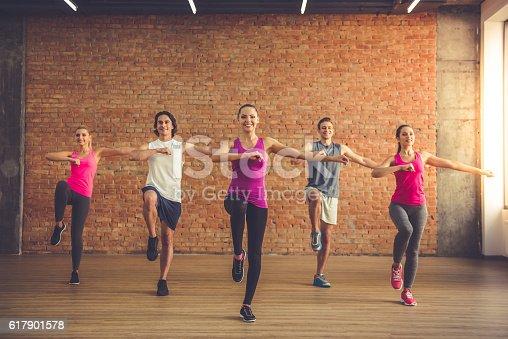 istock People doing sports 617901578