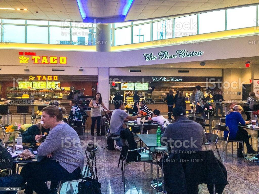 People eating at Atlanta Airport, USA stock photo