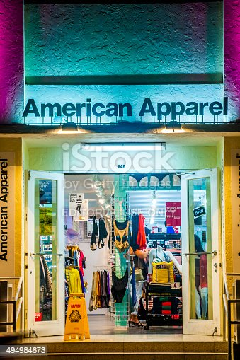 istock people enjoy nightlife and go shopping at ocean drive 494984673