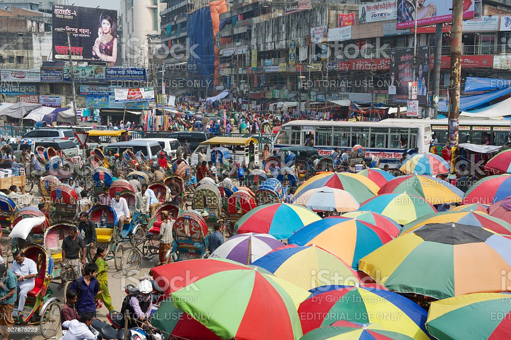 People go to shopping at the Old market, Dhaka, Bangladesh​​​ foto