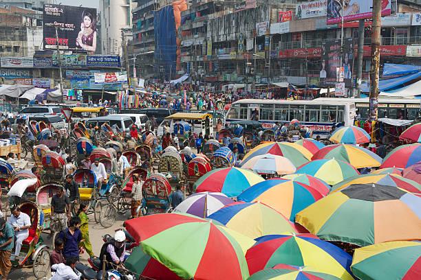 직원관리 선택하십시요 쇼핑 유클리드의 늙음 시장, 방글라데시 다카 스톡 사진