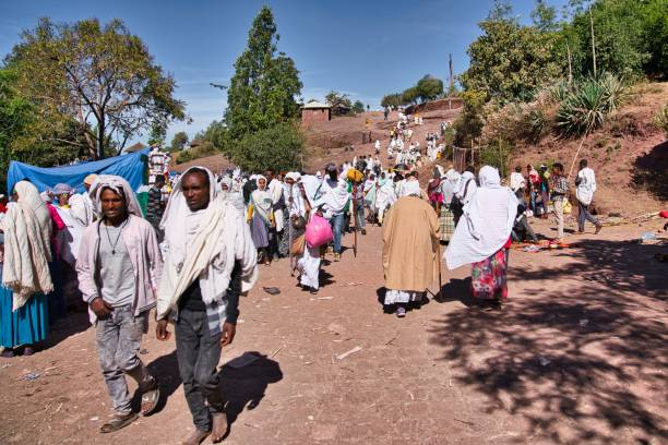 people going to the market in lalibela, ethiopia - horn of africa stock photos and pictures