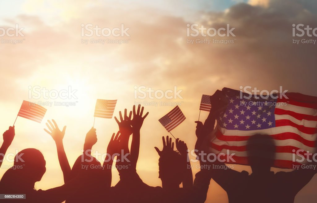 people holding the Flag of USA – Foto