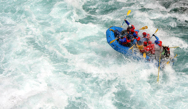 river rafting - wassersport stock-fotos und bilder