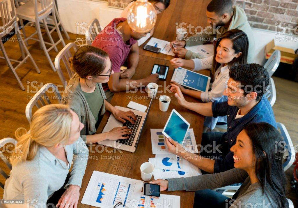Menschen in einem business-meeting im Büro – Foto