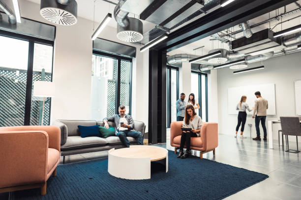 Menschen im Büro – Foto