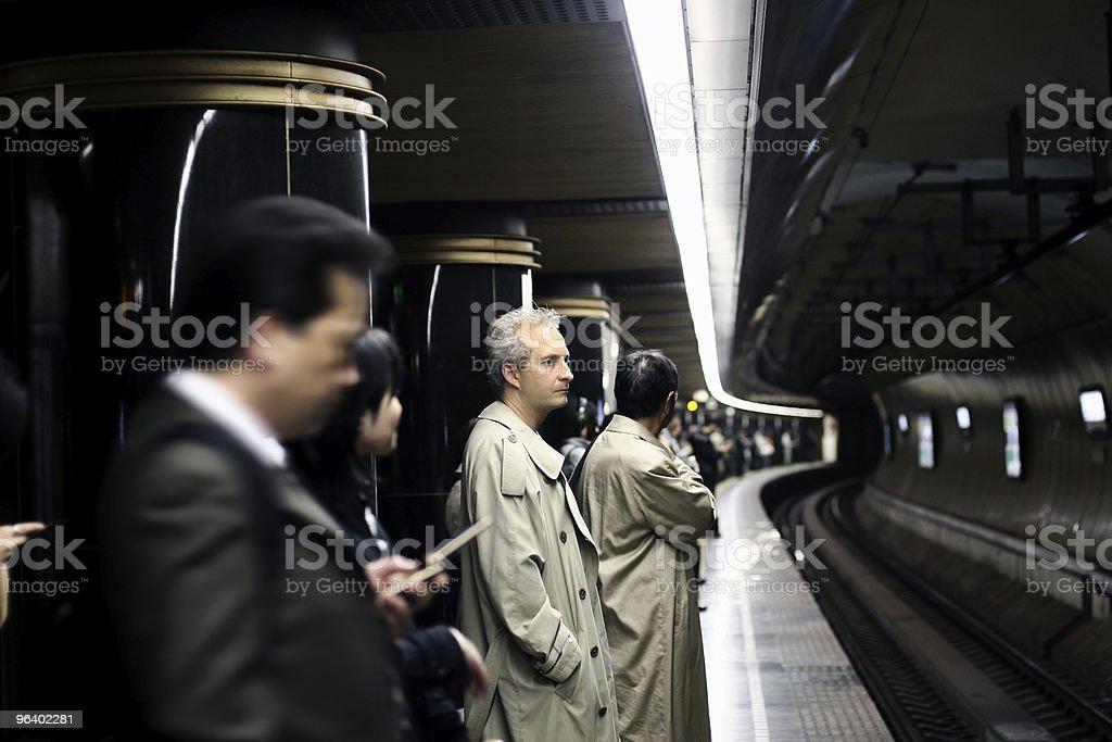 人の地下鉄 - しおれているのロイヤリティフリーストックフォト