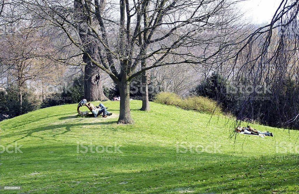 Persone nel parco foto stock royalty-free